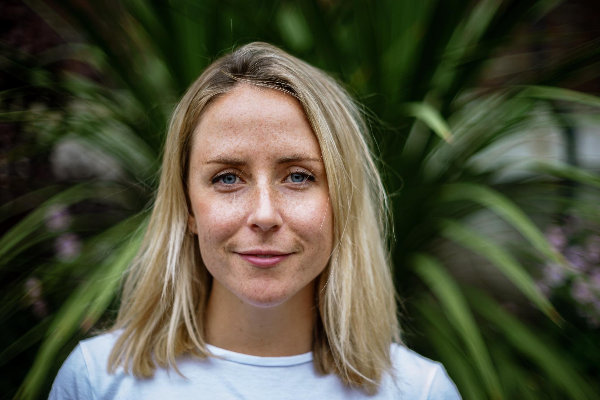 Sarah Curtis - BSocSc (Hons), PGDipBACP Accredited Psychotherapist