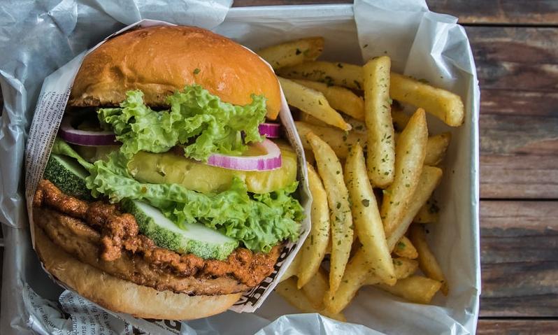 HEALTHY & DELISH FOOD -