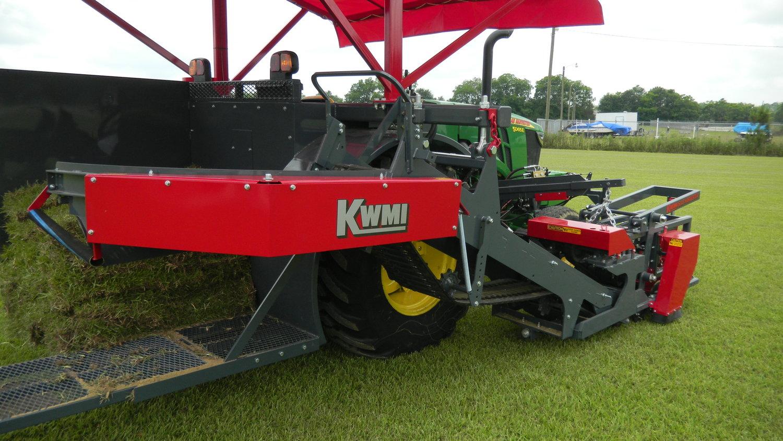 Slab Harvester — KWMI Turf and Sod Equipment