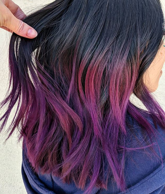 More vibrant color results using Oway's new #Hbright 🍇 . . Achieved this look using 6.77/0.8/0.7/Hbright/Htone/Hmilk over previously lightened ends . .  #owayorganics #oway #owayhaircolor #owayofficial #organicway #holistichairtribe #simplyorganicbeauty #owaynorthamerica #ammoniafree #greenchemistry #amosstudio #shaghaircut #purplehair #purpleombre #naturalhaircolor