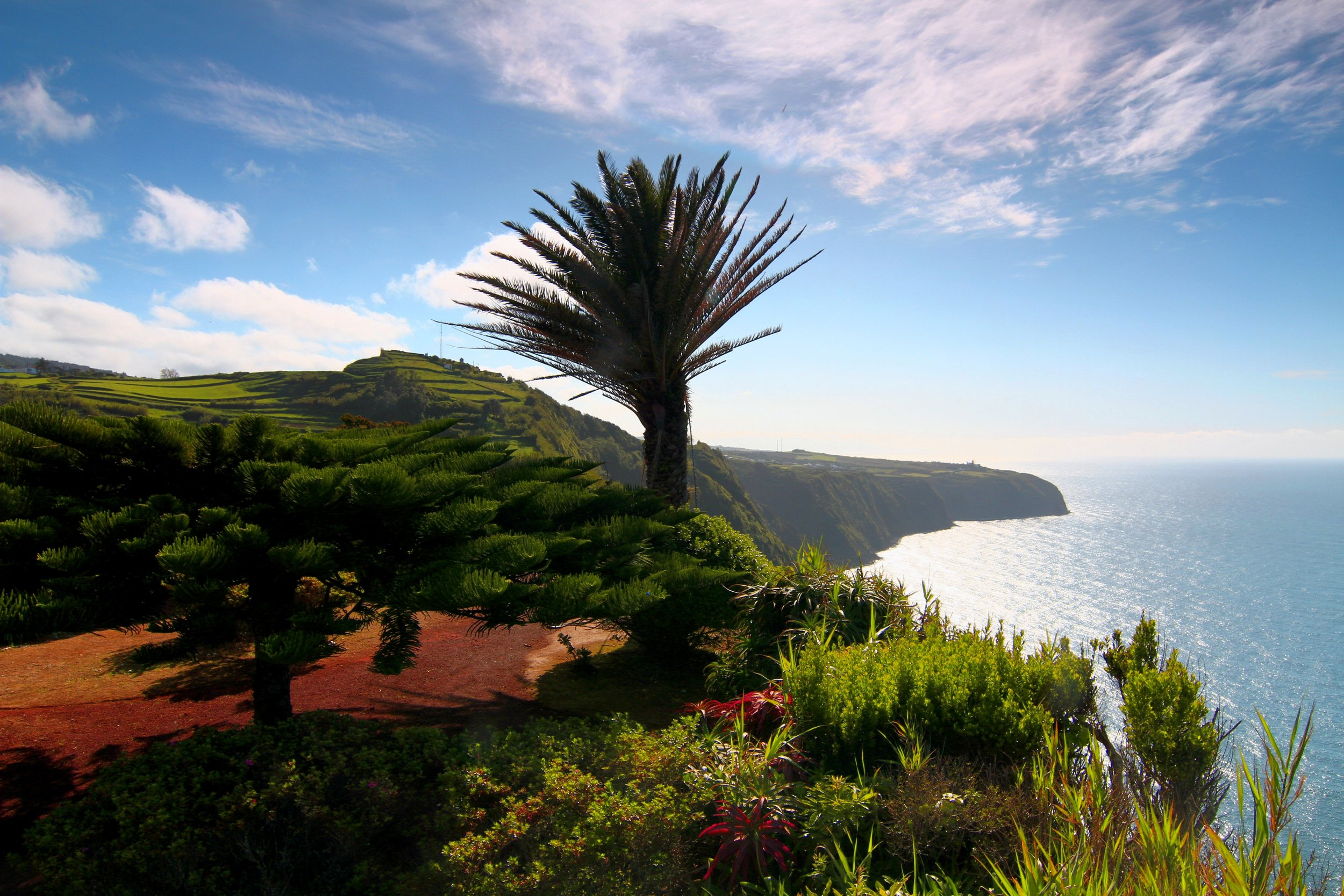 Superb viewpoint on the North coast overlooking the cliffs and ocean.