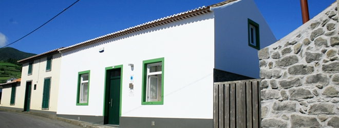 Sao Miguel Holiday Cottage Front View - Azores Connections.JPG