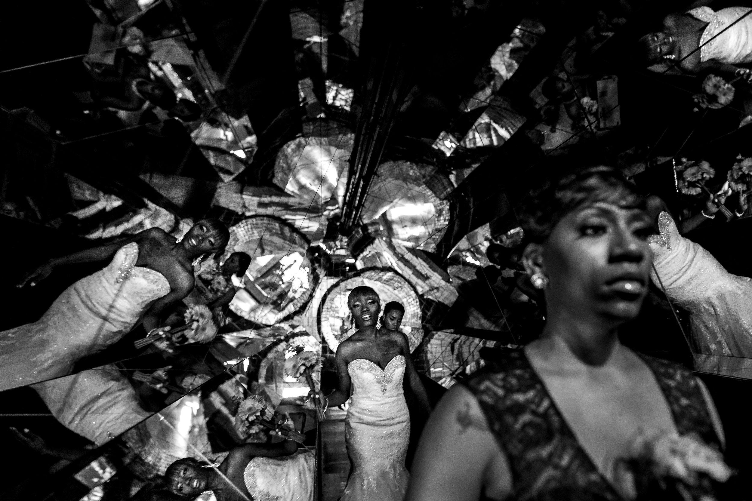 st-louis-wedding-photographer-chris-and-tiffany-mahler-ballroom-207.jpg