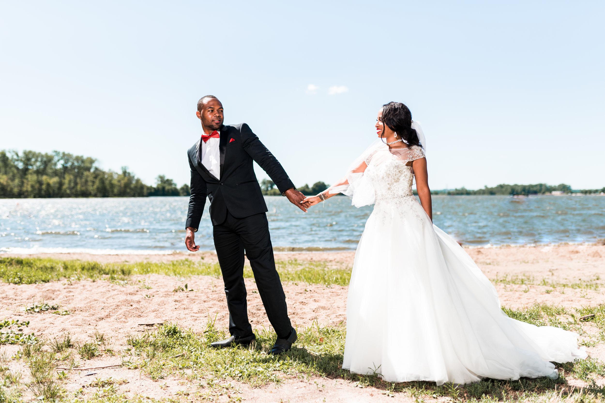 st-louis-wedding-photographer-creve-coeur-lake-90.jpg