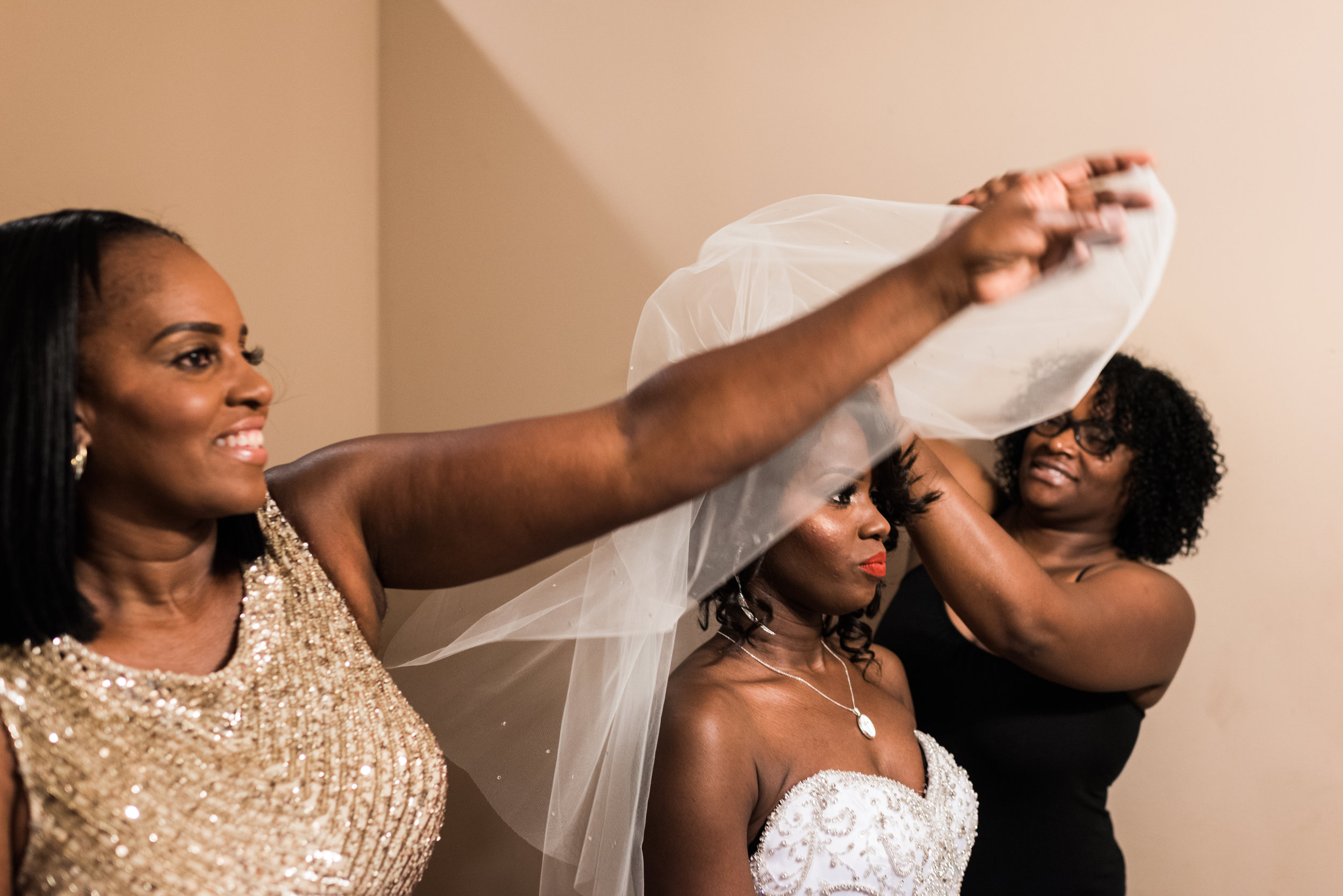 st-louis-wedding-photographer-donavyn-and-tanisha-391.jpg