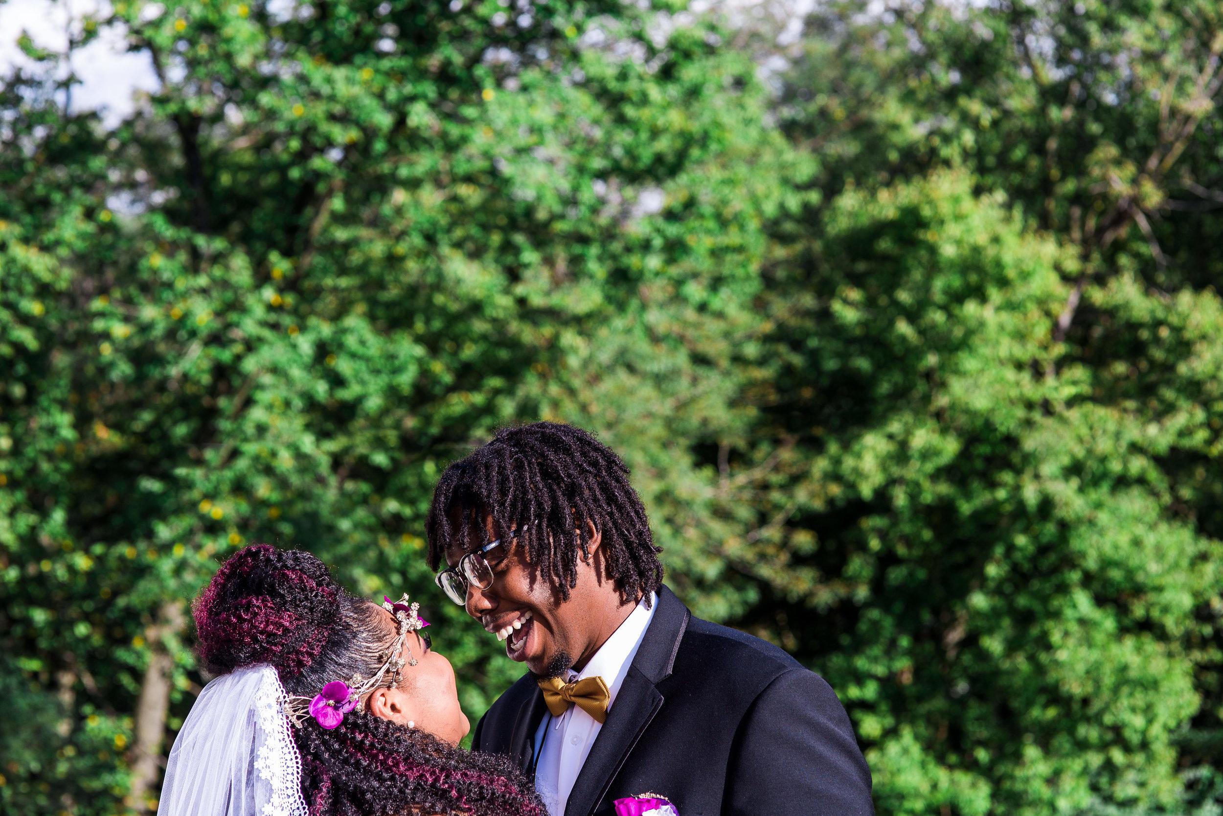 st-louis-wedding-photographer-the-bentleys-kansas-city-165.jpg
