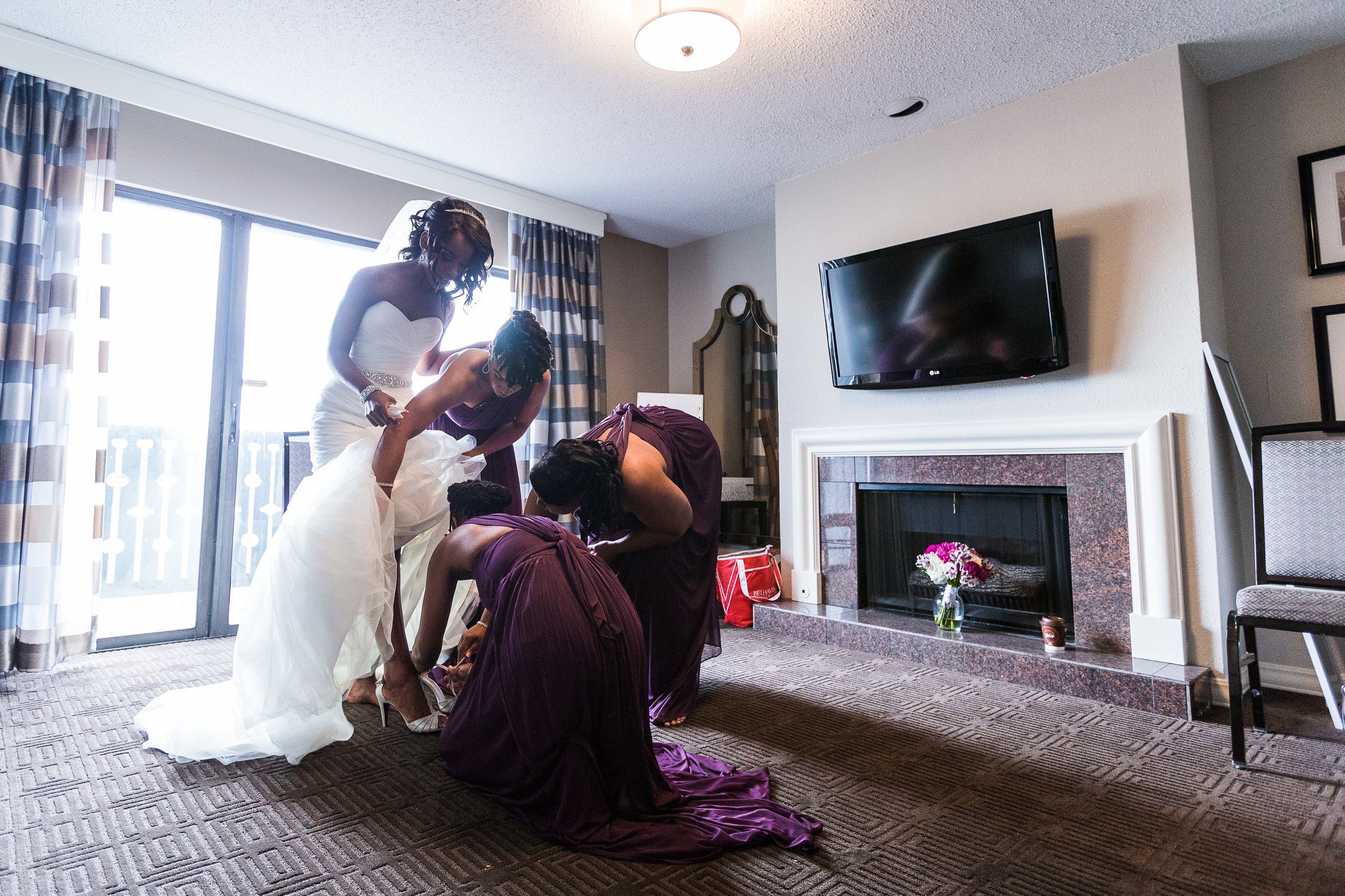 wedding-photographers-in-st-louis-the-hargroves-marriott-westport-167.jpg