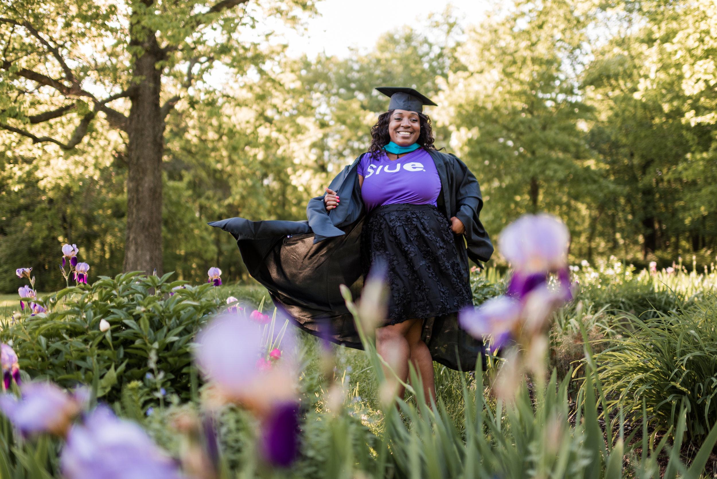 st-louis-photographer-SIUE-graduation-91.jpg