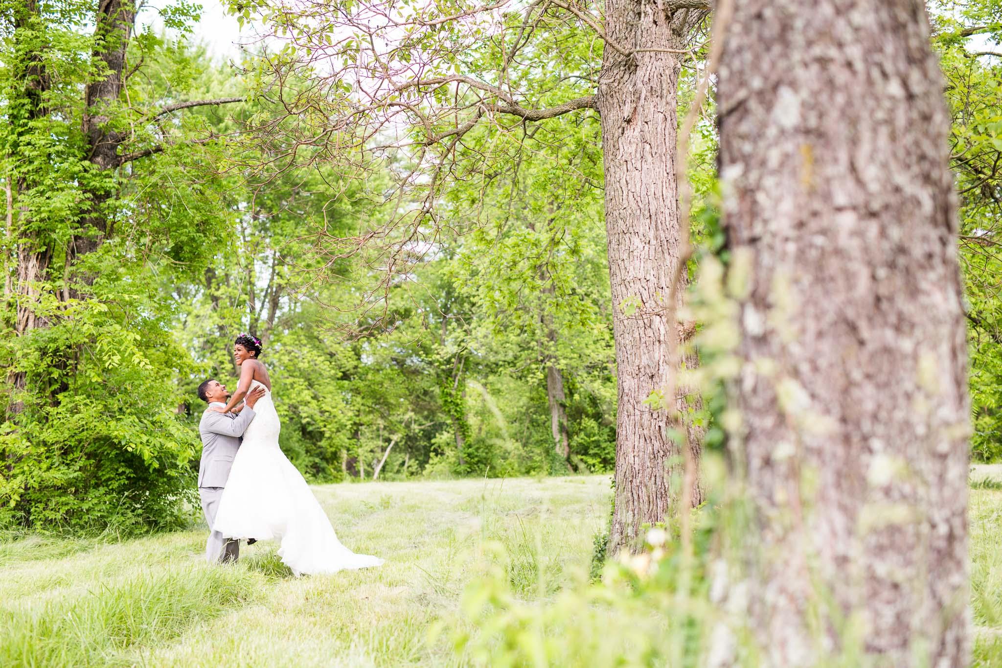 st-louis-photographer-machinist-hall-wedding-16.jpg