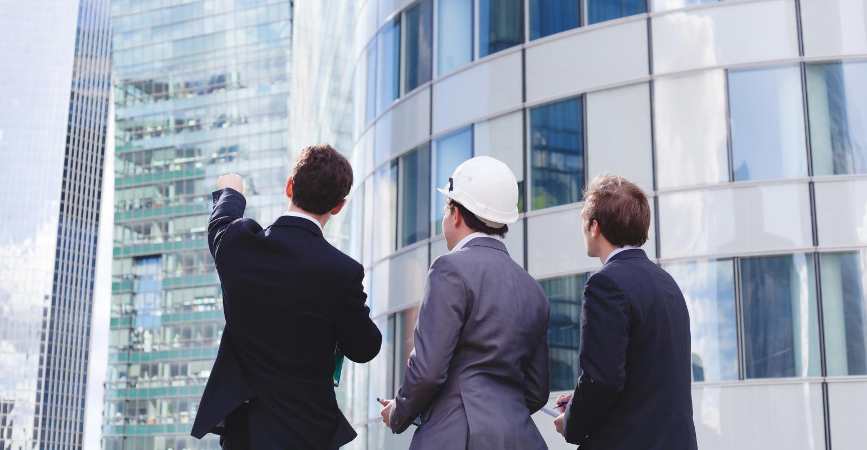 businessmen-skyscrapers_0.jpg