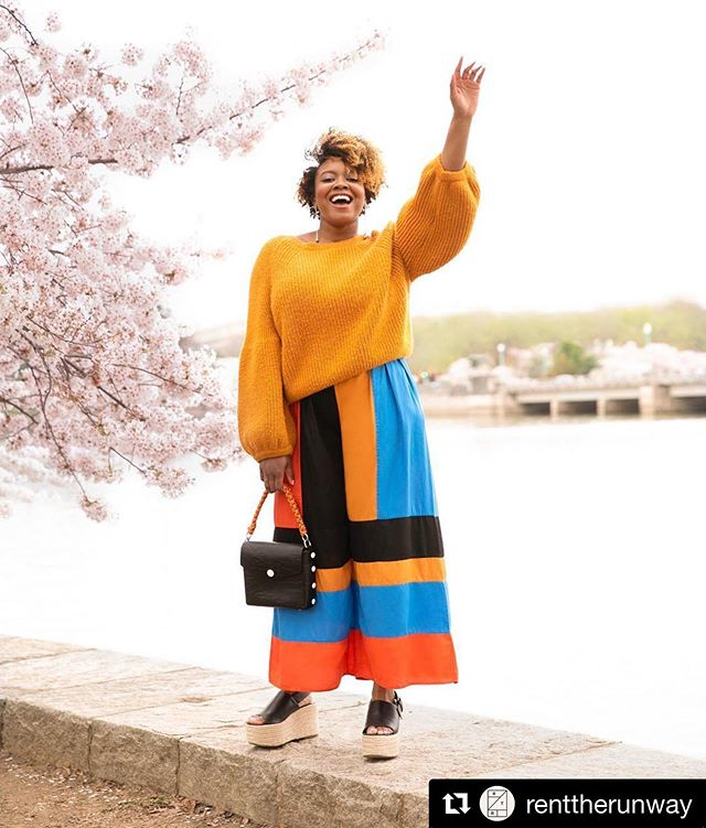 again the beautiful @rashida.banks for @renttherunway . key makeup artist @michelewilderman  makeup and hair for rashida by me @ashleydisarro  makeup assistant @jazminrae_makeup . . . #Repost @renttherunway ・・・ The joy of wearing spring colors again ⚡ @rashida.banks wearing @marahoffman and @ragandbone . #ashleydisarro #makeupartist #hairstylist #freelance #renttherunway #rtr #washingtondc #dc #nyc #bk #beauty #lifestyleblogger #lifestyle #blogger @sigmabeauty #sigmapro @amikapro