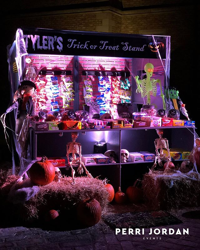 We're totally on board with Halloween being an entire week 👻🎃 #spookyszn #trickortreat #perrijordanevents