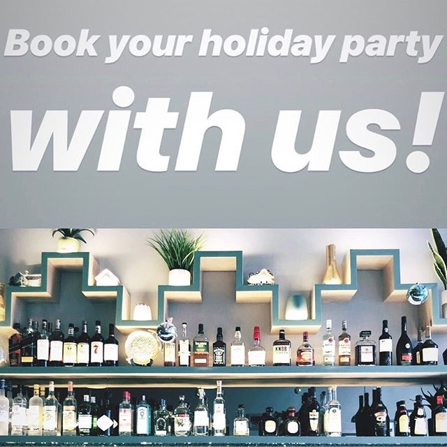 Let us help you plan your holiday party! Our new space is the perfect setting for a cocktail party. Custom packages available. Contact avlitavern@gmail.com to inquire #eventspace #holidayparty #cocktailparty #brunch #brunchnyc  #avli #avligreekkafe #bayside #bellblvd #queenseats #nyccocktails #nyceats