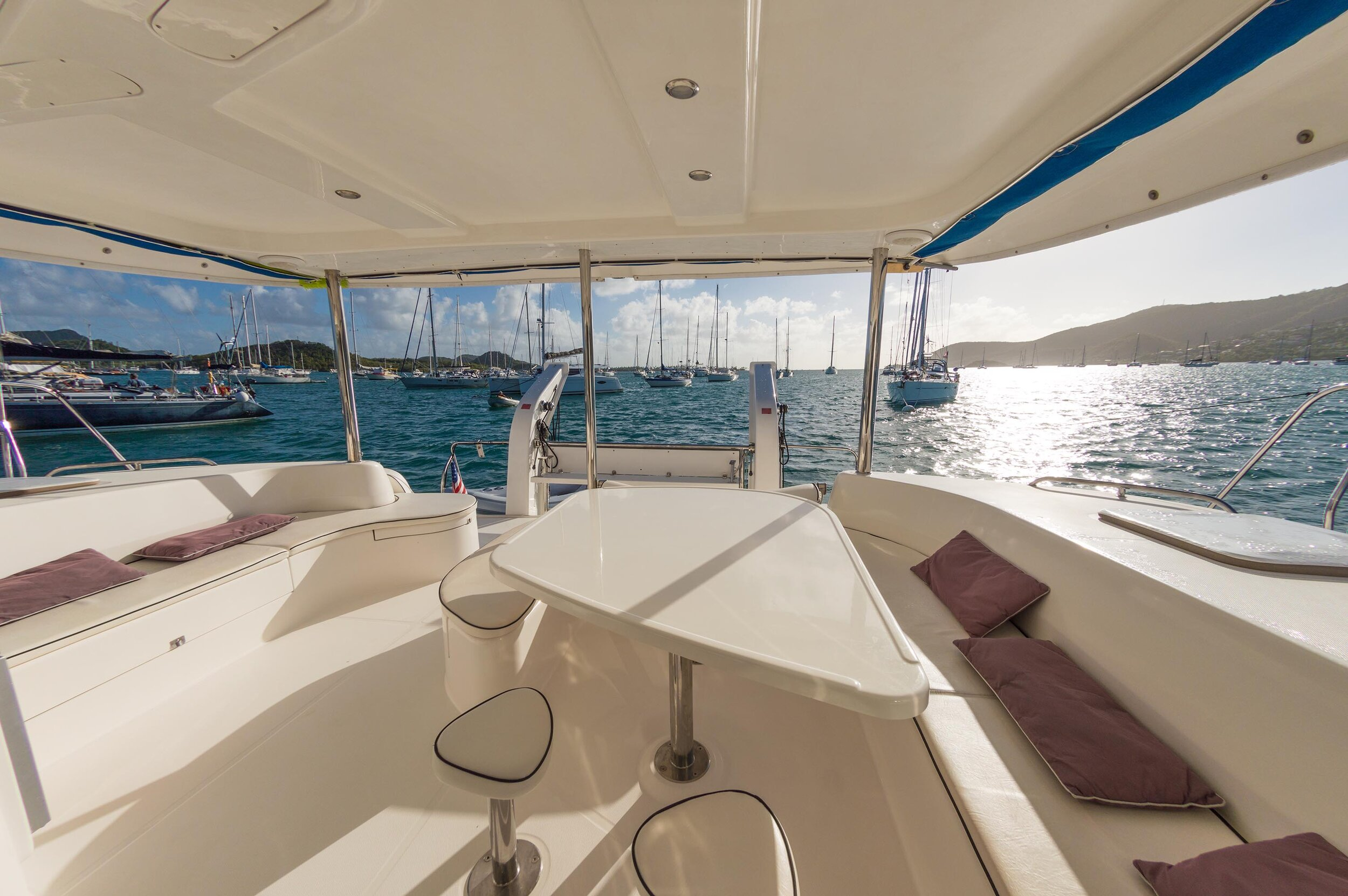 4_Leo46_CKC-8''Caribbean kite cruise catamaran big aft deck'.jpg