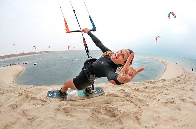 There's a first time for everything!  I've never jumped off something higher than maybe 5ft 🤷🏼‍♀️ tall with my kite. Turns out it's pretty darn FUN! Thank you @maioariasphoto for the photo and @hugotzef @gopro for the 🎥. The White Dune downwinder from @dakhla_attitude with all of our ladies from our @strutkiteboarding kite camp was a special experience that I won't soon forget. Miss you ladies already!