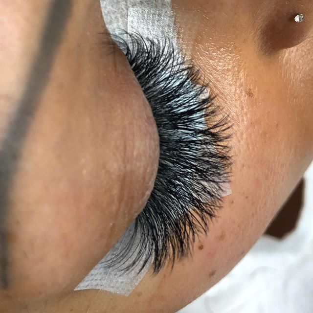 No need for edits. Glamorous volume. 3D-5D Russian Volume. Soft and fluffy. Book with the Volume Lash Guru 🧚🏼‍♂️