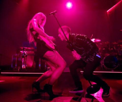 Arianna_Powell_with_Nick_Jonas_large.jpg