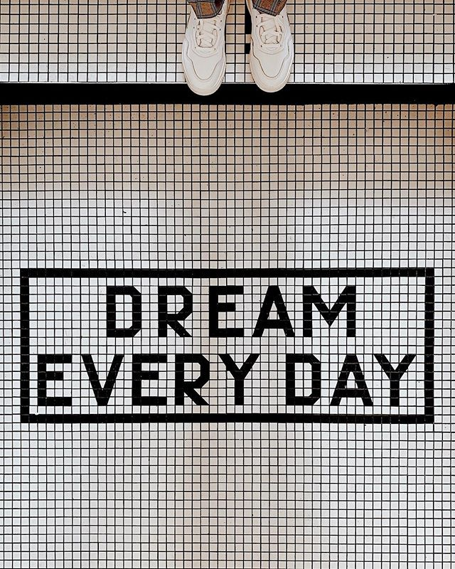 And dream big or don't dream at all 💫 #HarvardSquare #Blogger #KahrensPerspective