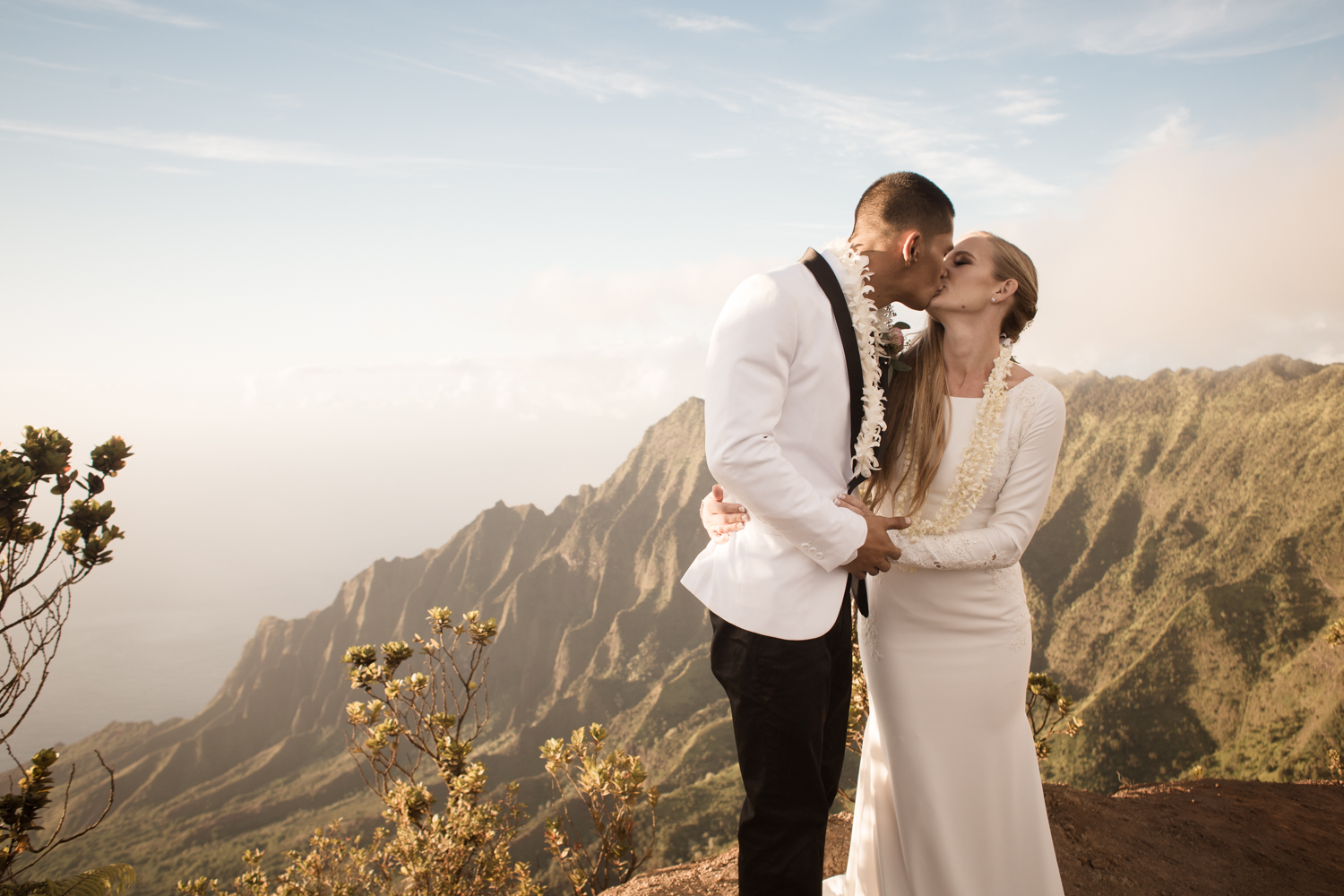 Koke'e Elopement Photographer
