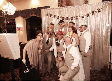 Modern - Our Modern PhotoBooth is a sleek, elegant open-air photobooth. Like the Vintage Photobooth, it can accommodate 2 to 20 guests and you choose the backdrop!