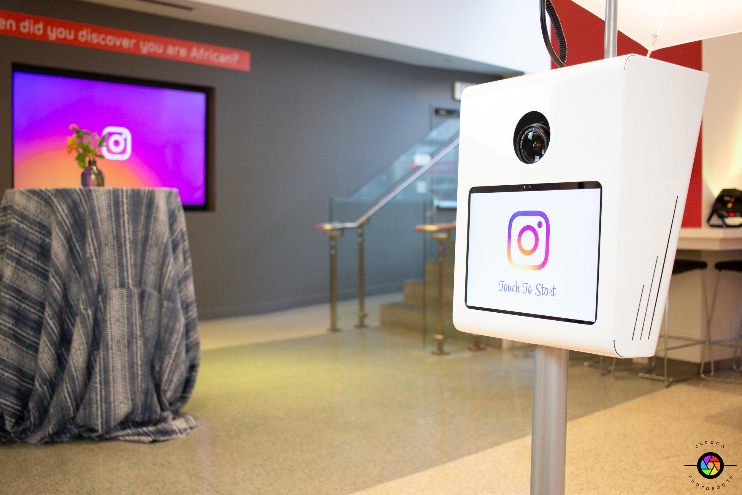 Chroma Photobooth - Instagram Photobooth Activation (1 of 6).jpg