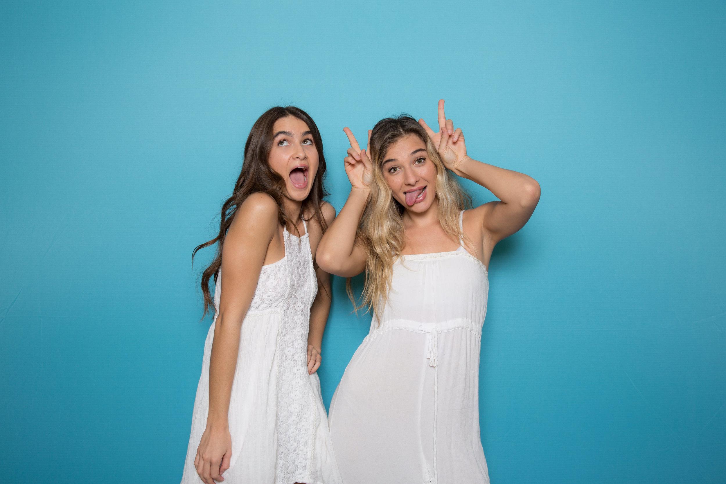 Chroma Photobooth Turquoise Backdrop
