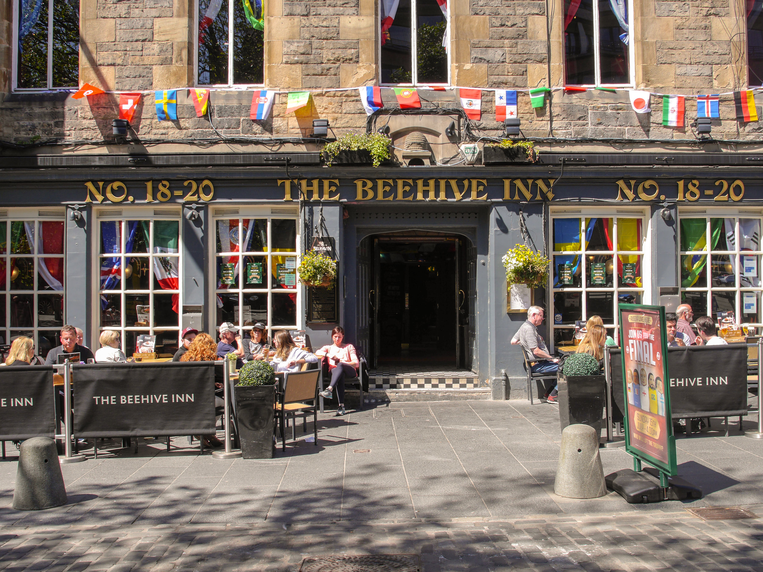 The Beehive Inn in Edinburgh, Scotland, UK