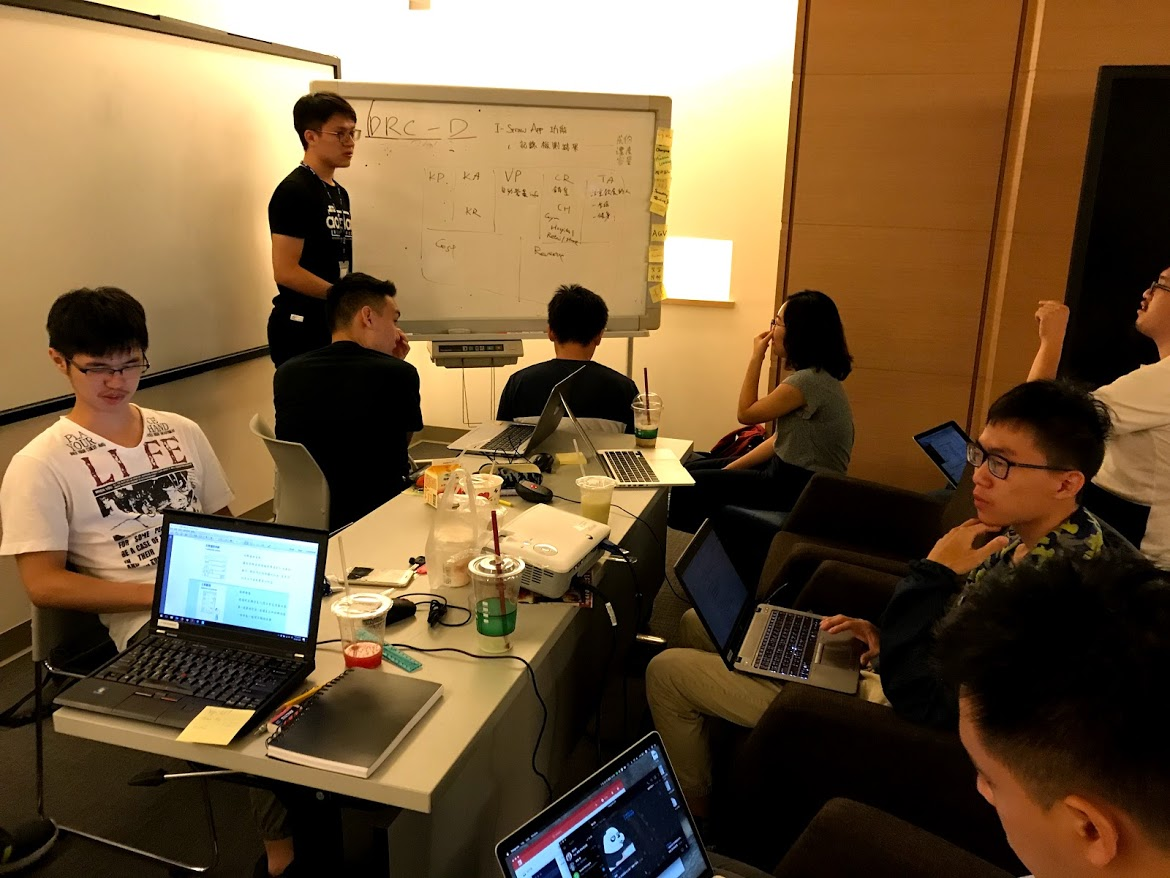 Background - This is a 2-month team creative competition in Delta Electronics Taiwan. All interns were assigned to 12 teams. Each team has 10 members. Our team was built up with 7 developers, 2 data analysts, and me product designer. I was the facilitator in the team as well.