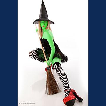 29 09Oct witch.jpg
