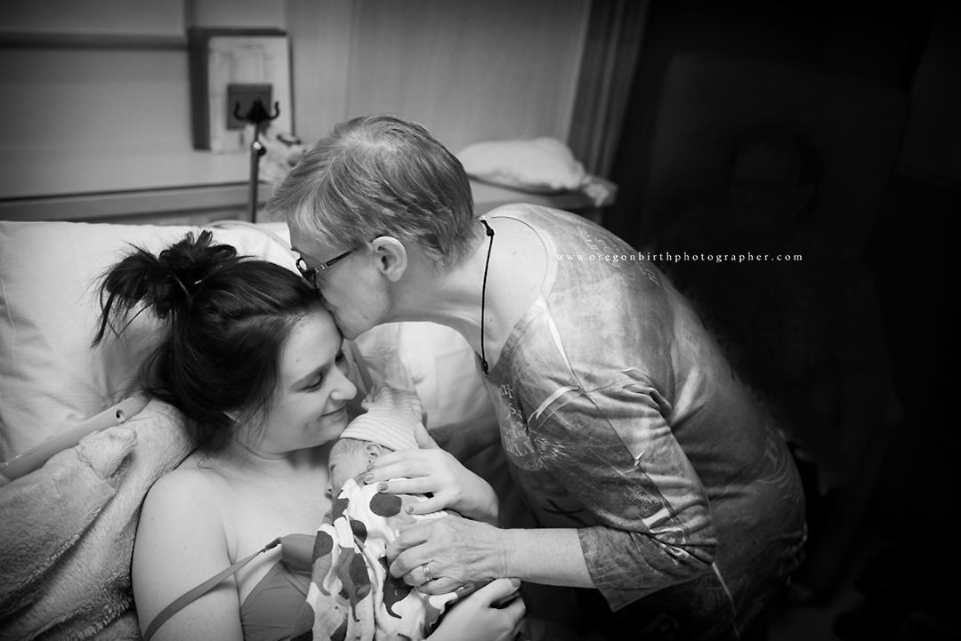 best-birth-photographer-portland-12.jpg