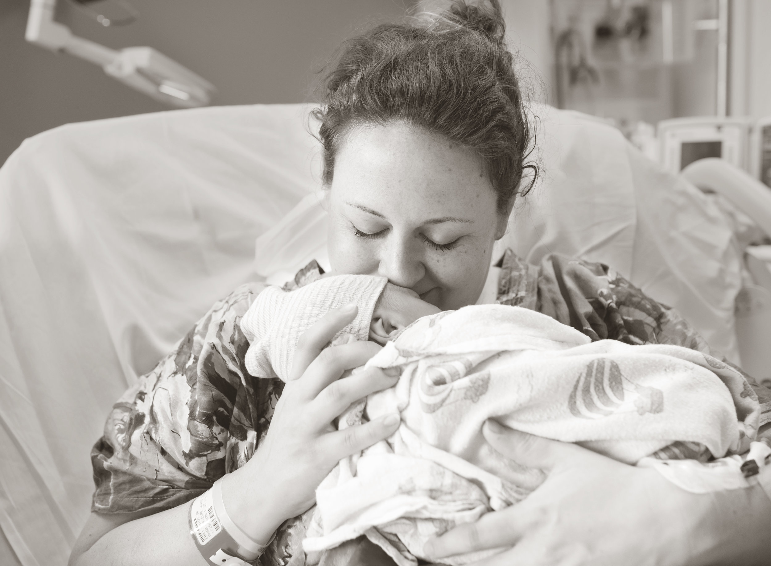 portland-newborn-photo-01