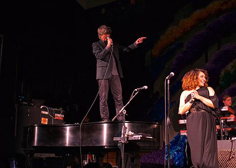 Neil-on-piano-NY-TH-Brooklyn-Vegan.jpg