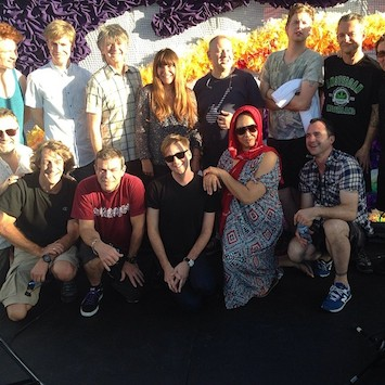 Neil-and-crew-in-Dubai-355.jpg