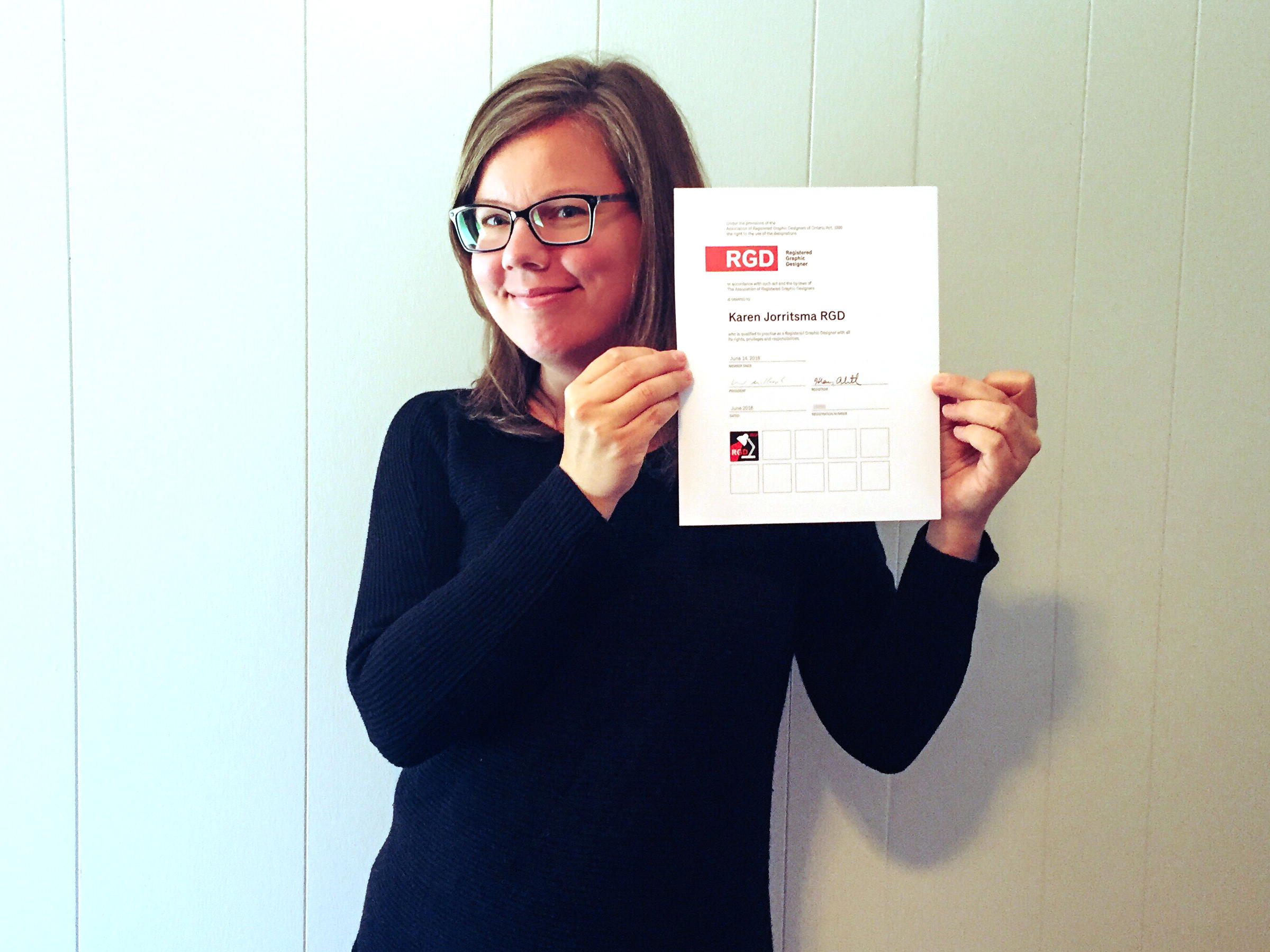 Karen Jorritsma RGD - I received my official certification in June 2018! I am proud to be a part of this forward-thinking organization, and willingly contribute to this supportive community of inspiring, talented professionals. I look forward to passing on these benefits to my clients!