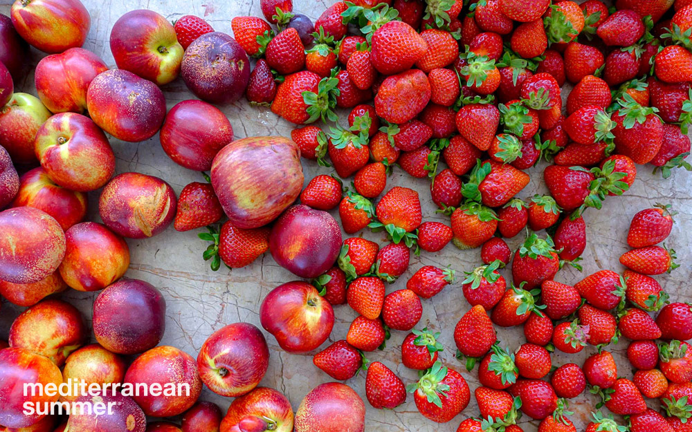 Summer fruit, Mercado de Sapadores, Lisbon, Portugal. (Photo by David Shalleck)