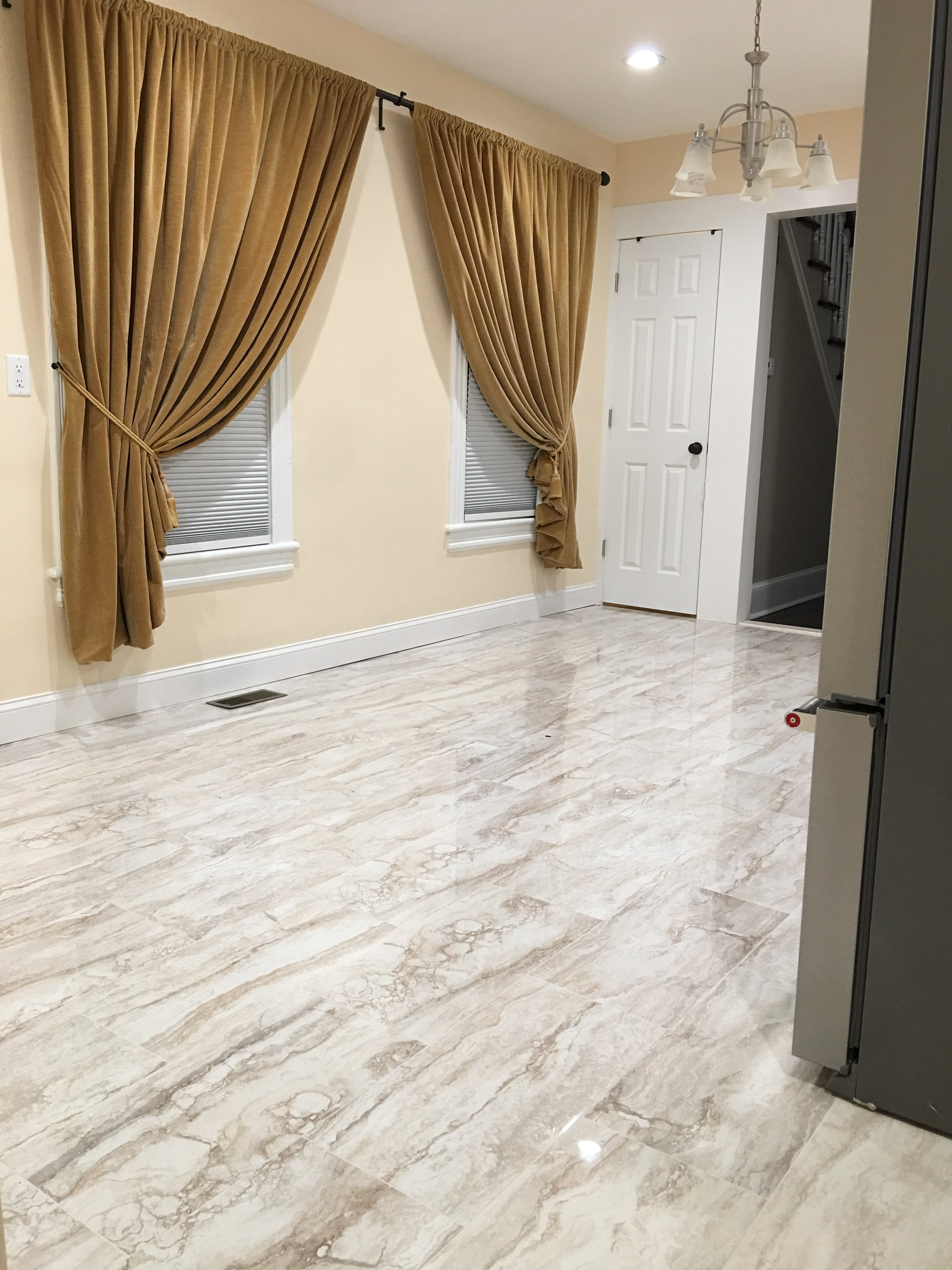 Dinette Floor