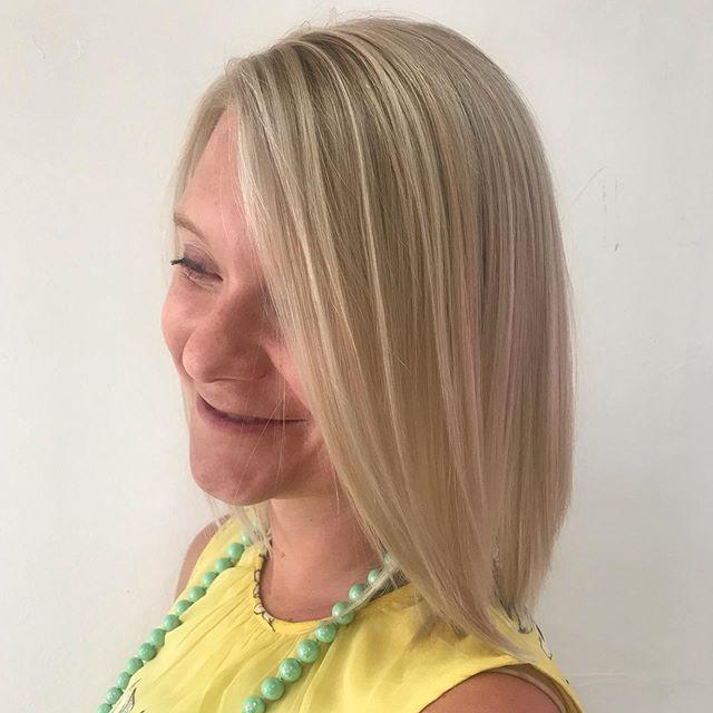 Highlights are a blond's best friend!!! #curlygirlraquel #beautybeesalon #denverstylist #colorspecialist #blondspecialist