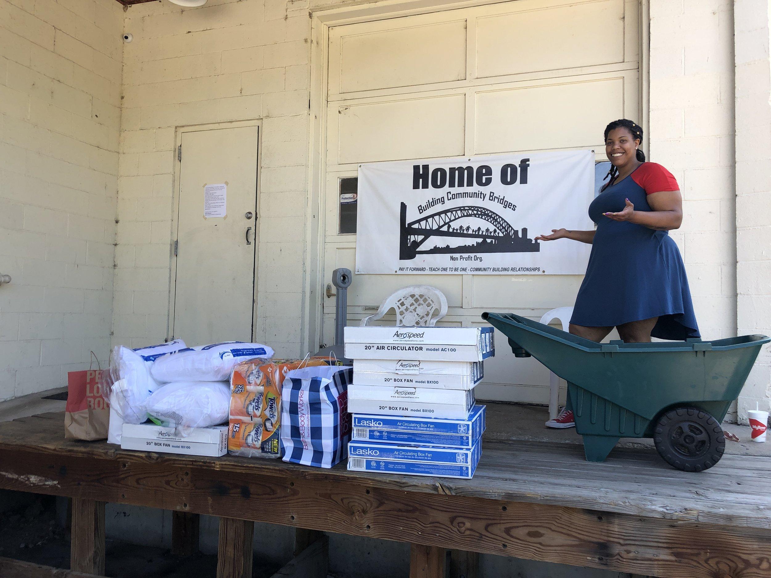 tornado-volunteers-capitol ave-jefferson-city-mo-jeff-city-building-community-bridges