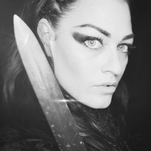 ⚔️🛡️ #vikings #vikinggirl #photooftheday #sword #comingsoon