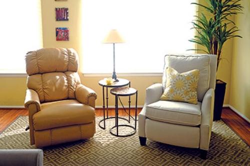 her-decor-chairs.jpg
