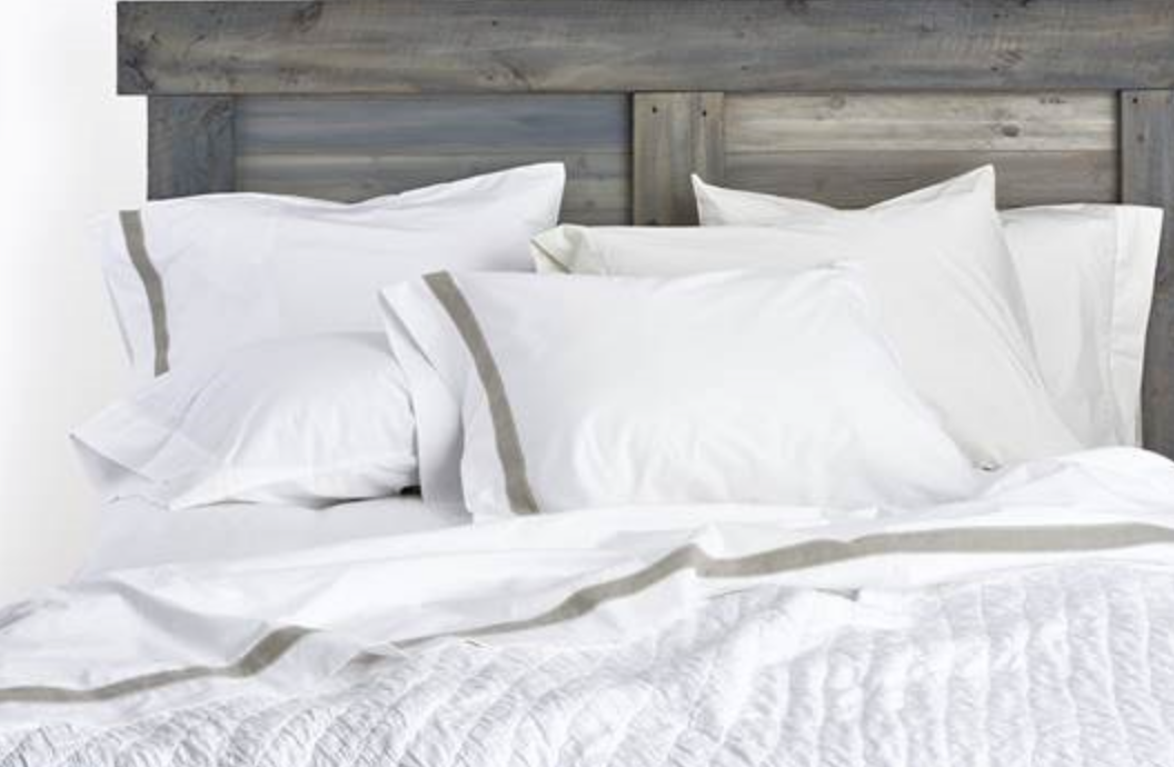 {400 thread count Egyptian cotton sheets will elevate your bed to a luxurious retreat! From  Urban Threads .}