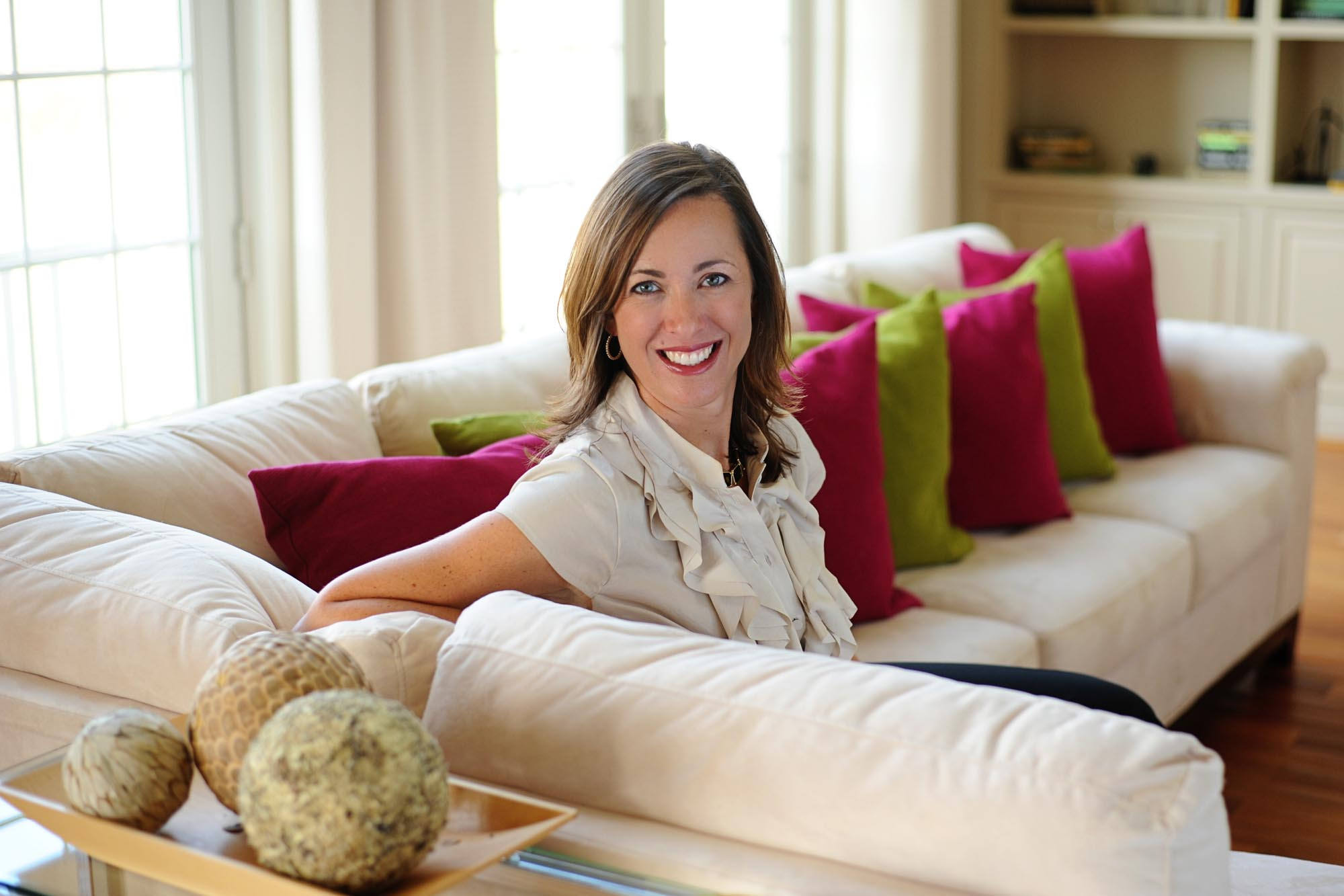 Meet April - April Force Pardoe is an award winning interior designer based in Maryland who has been helping clients solve their design puzzles for over 10 years.