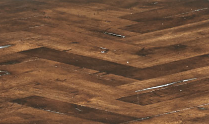 #6) Side Table - FInish Close Up.png