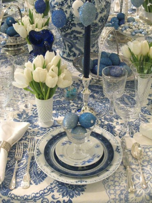 {This monochromatic table makes a statement! From:  Eddie Ross .}