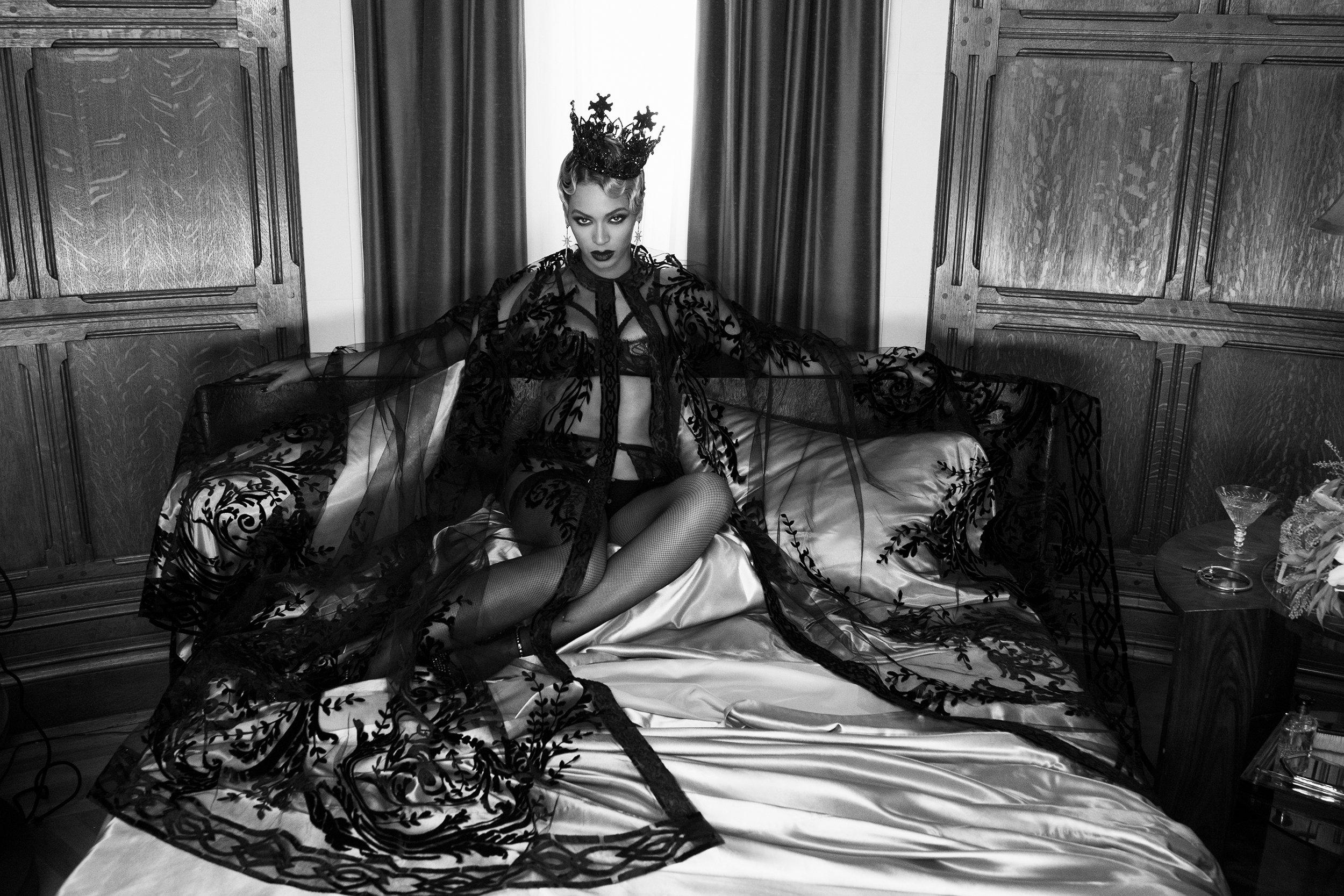 P_Beyonce_Book_49_AB3U1971.jpg