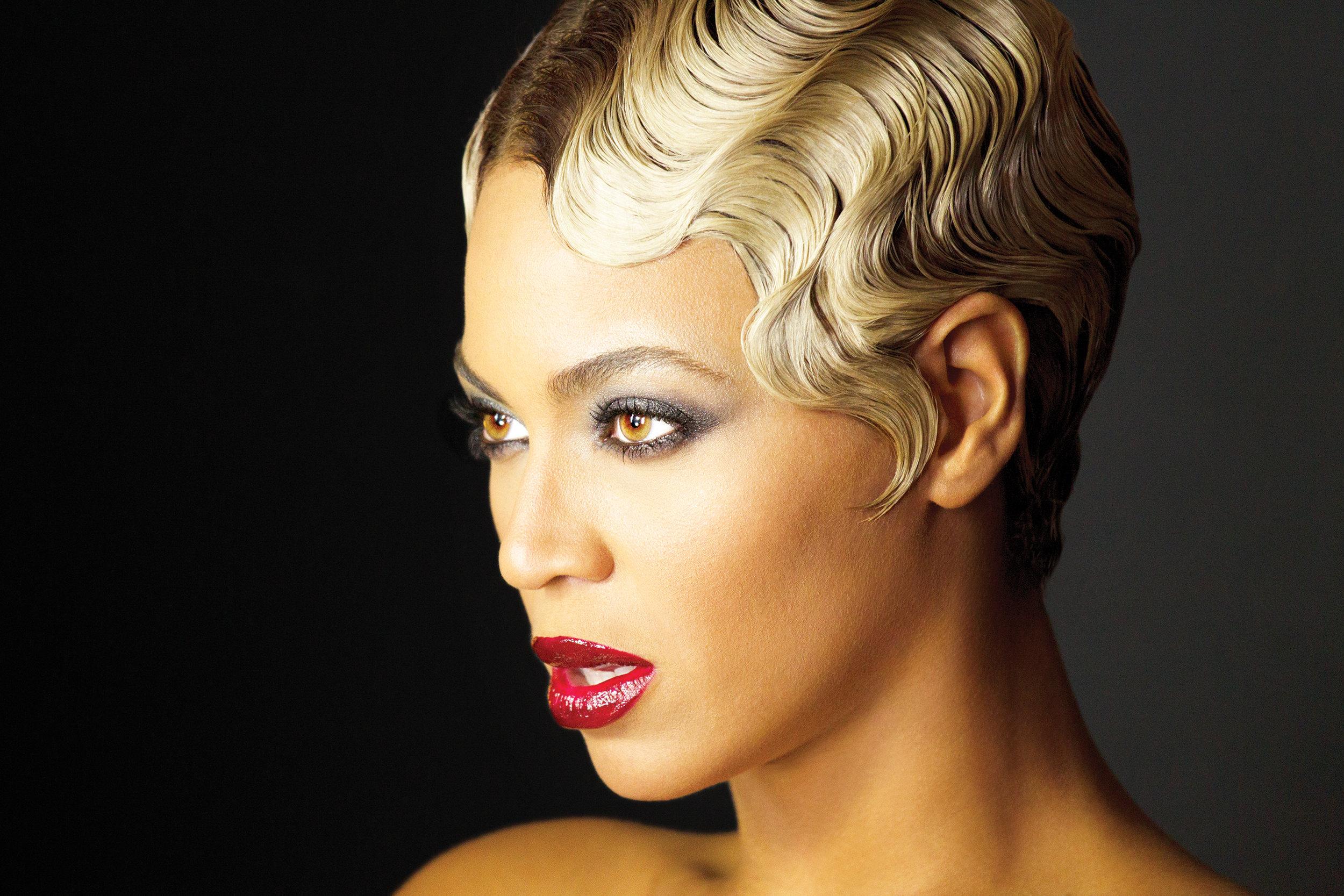 P_Beyonce_Book_60_AB3U0227-v2.jpg