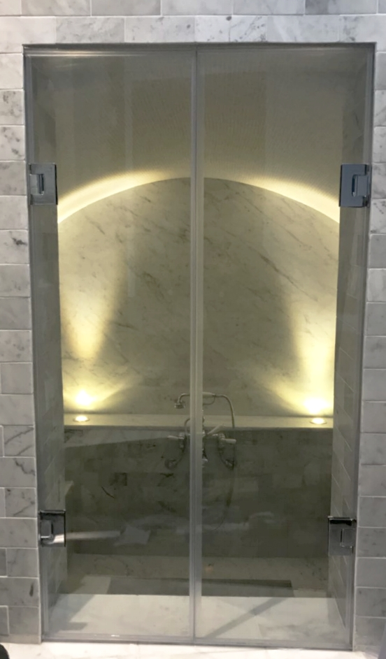Shower Screens - SW5 - London - Brompton Glass 11.JPG