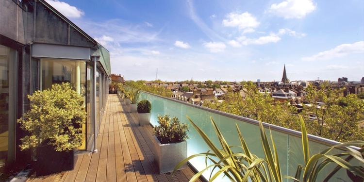 External Glass Balustrade - SW5 - London - Brompton Glass 4.jpg