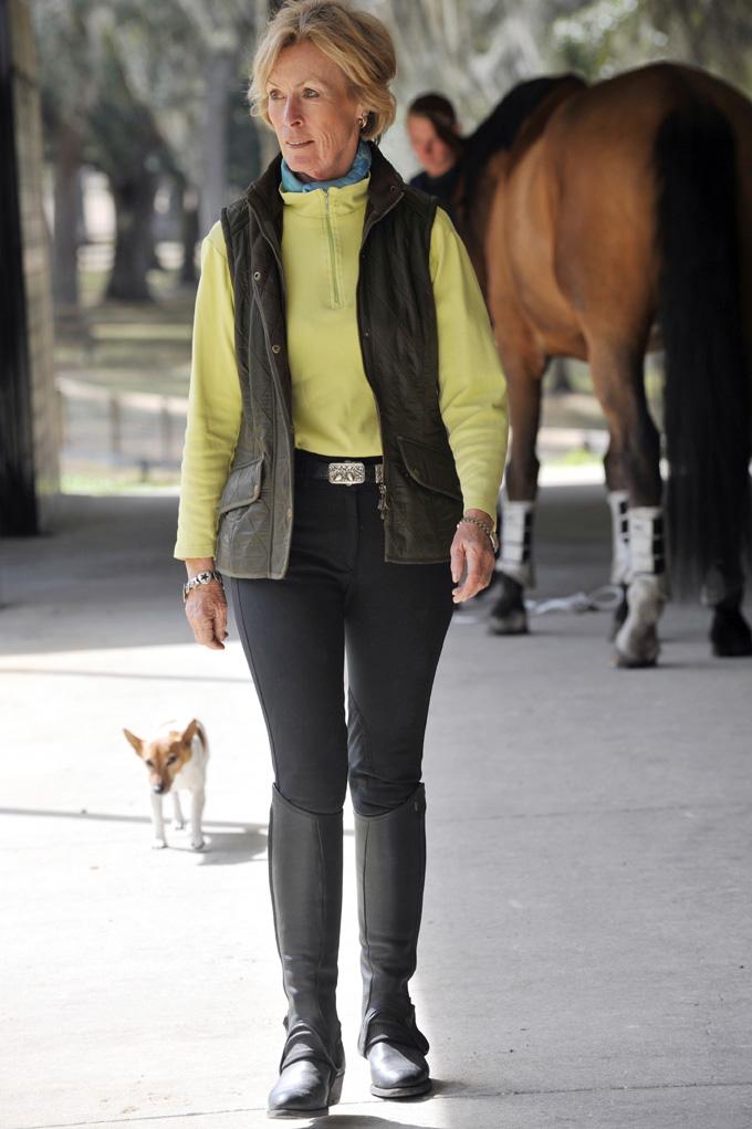 Letitia-walk-LInda-barn-Coco.jpg