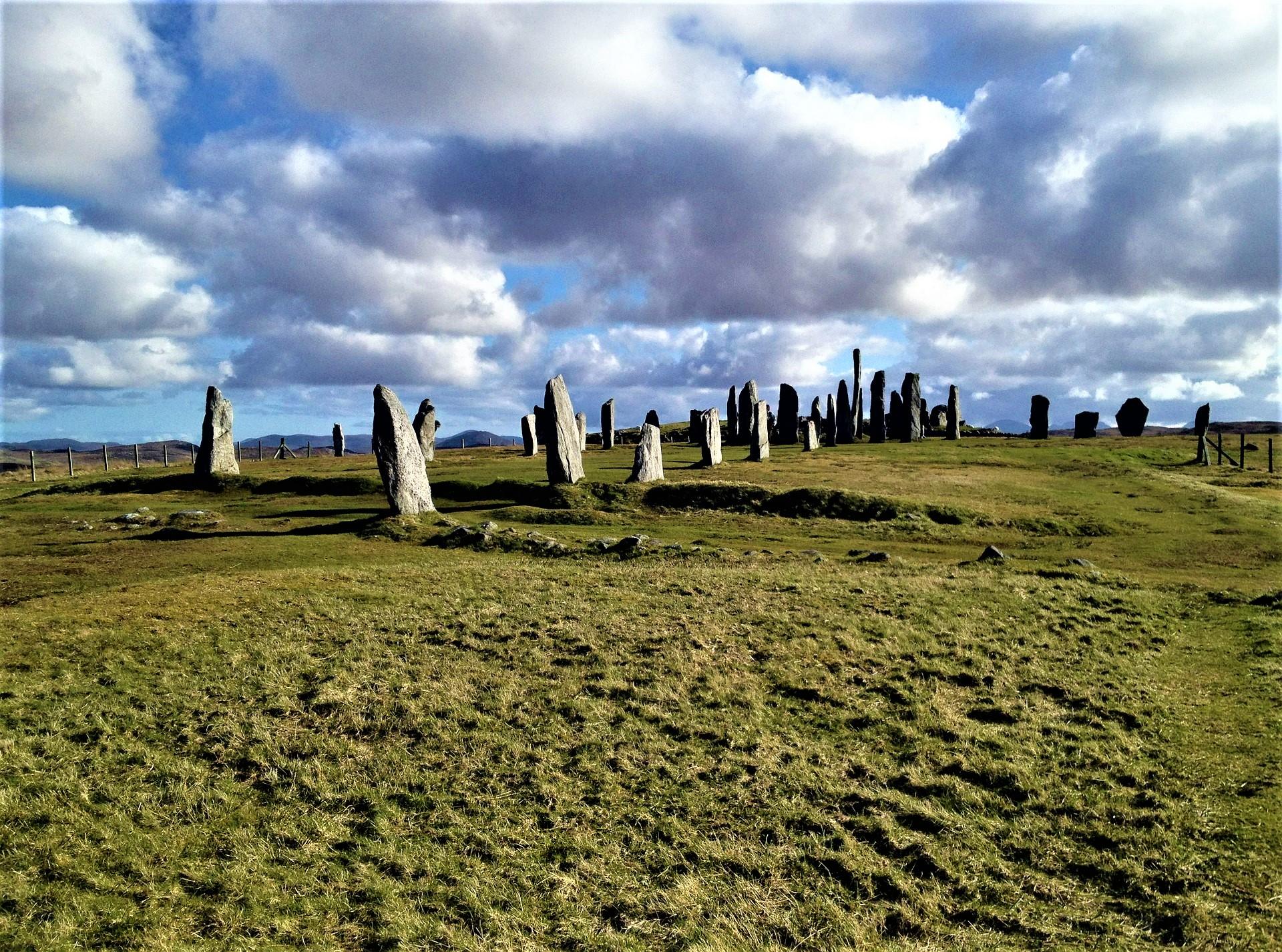 Callanish Stone Circle - - by Amritagrace on Pixabay